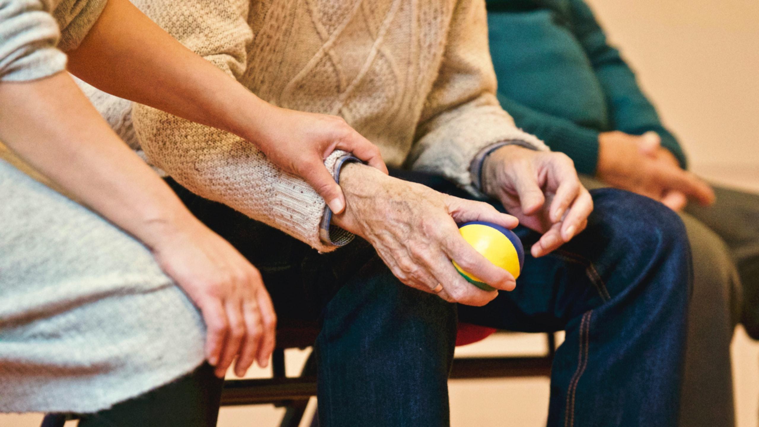 Actividades Fundación AFIM: APOYO Y ATENCIÓN A FAMILIARES Y CUIDADORES DE PERSONAS AFECTADAS DE DETERIORO COGNITIVO