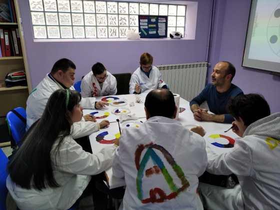 Taller de arte con Boris, en Fundación AFIM Salamanca
