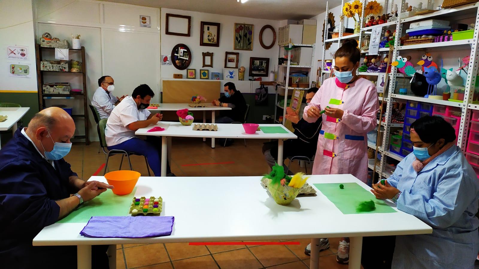 Talleres para mejorar la psicomotricidad y la atención, en Fundación AFIM Málaga